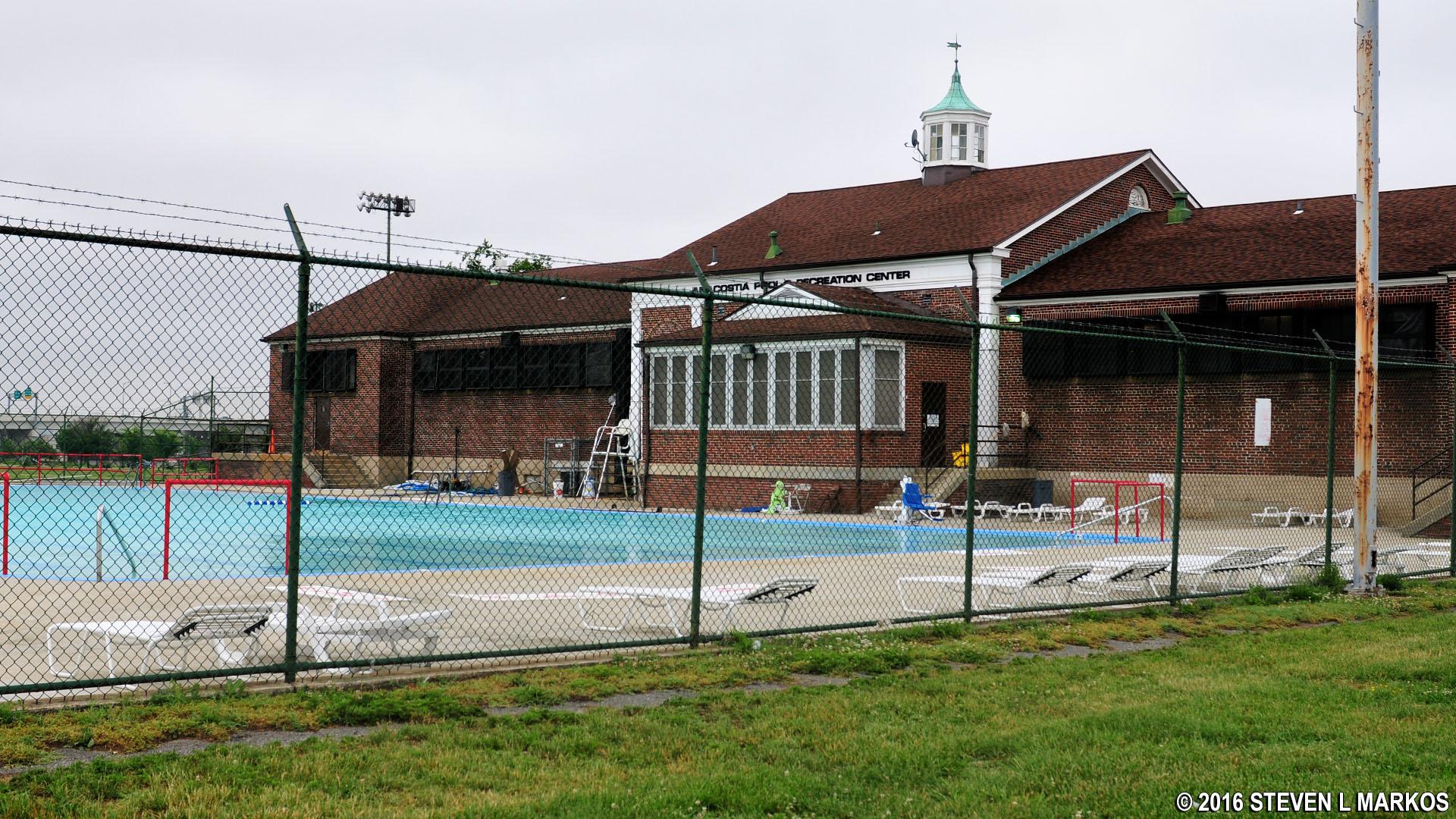 Anacostia Park Swimming Pool